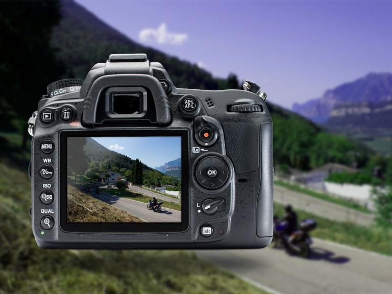 fotocamera volantino Honda africa twin sembenini moto giaco studio